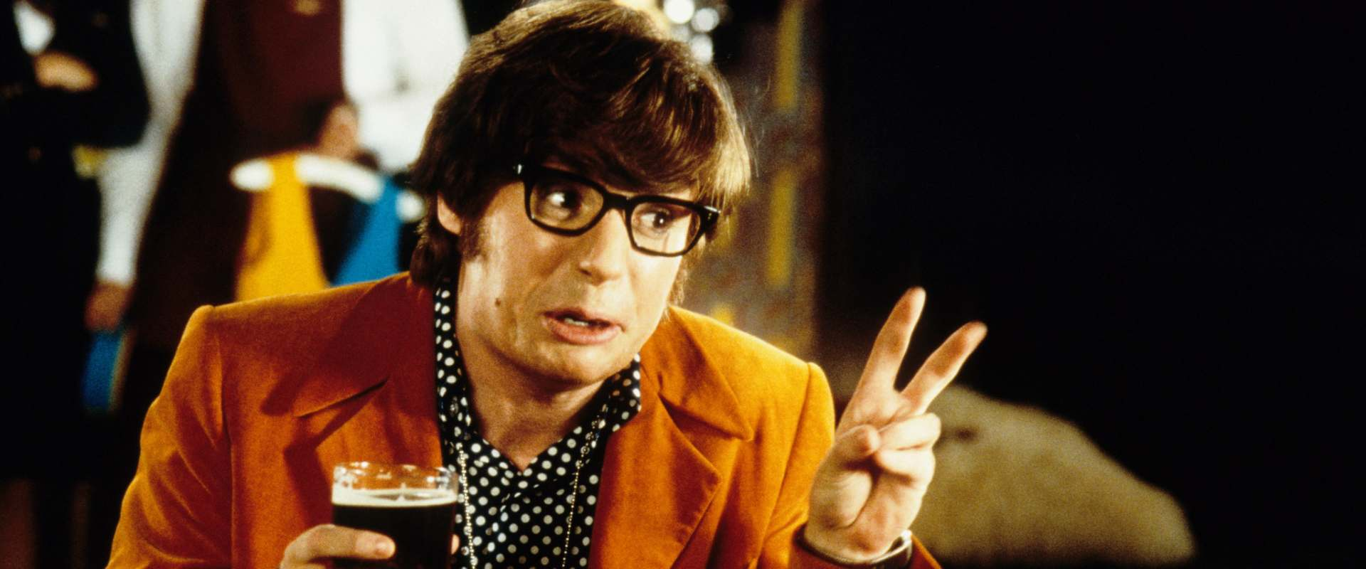 Austin Powers: International Man of Mystery background 1