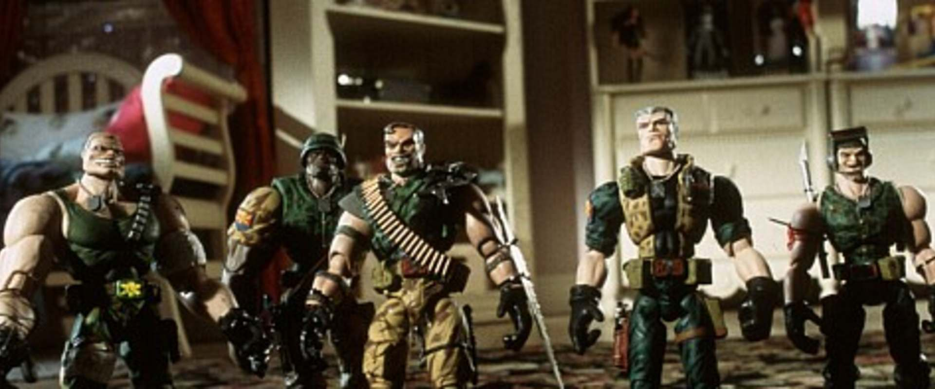Small Soldiers background 1