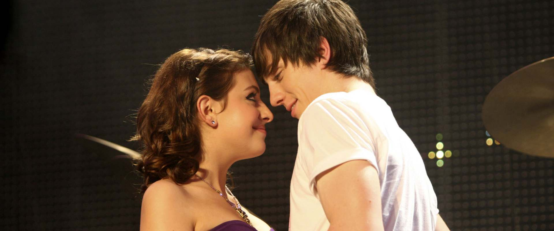 Angus Thongs And Perfect Snogging Cast watch angus, thongs and perfect snogging on netflix today
