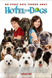 Hotel for Dogs Poster 1